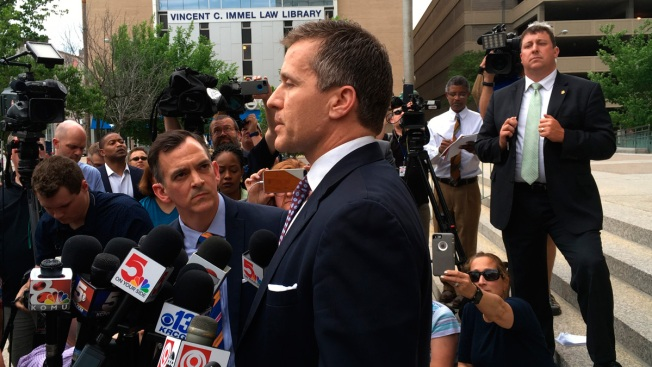 Missouri Gov. Eric Greitens Has Charge Dropped, Lawmakers Push for Own Probe