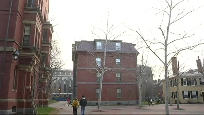 DOJ Threatens to Sue Harvard Amid Admissions Investigation