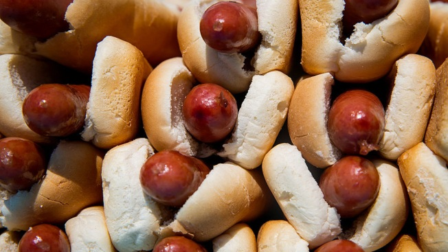 Hold the Nitrites, Are Hot Dogs Healthier Without?
