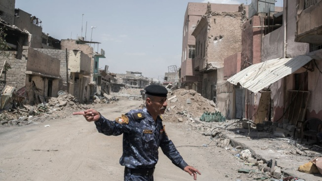 Iraqi Commanders Say ISIS Families Have Joined Mosul Fight