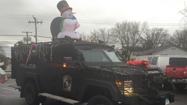 Police in Connecticut Hand out Toys on Armored Bearcat