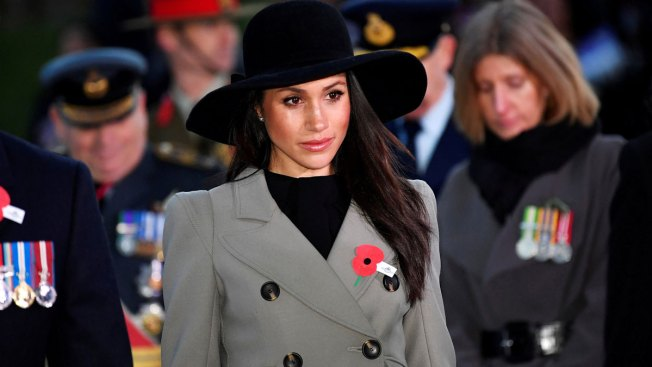 Kensington Palace Silent on Reports Markle's Father is Sick