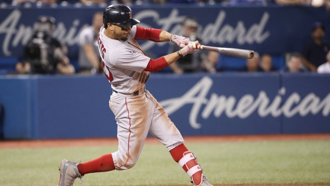 Mookie Betts Homers in 9th to Complete First Career Cycle