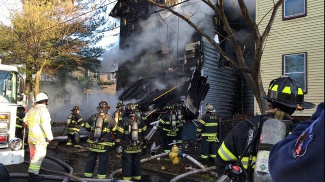 6 People Without a Home After Fire