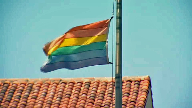 Massachusetts House Approves 'Gay Conversion Therapy' Ban
