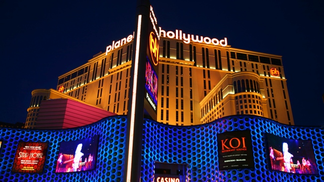 Man Sues Vegas Hotel Over Injuries From Fleeing Mannequin