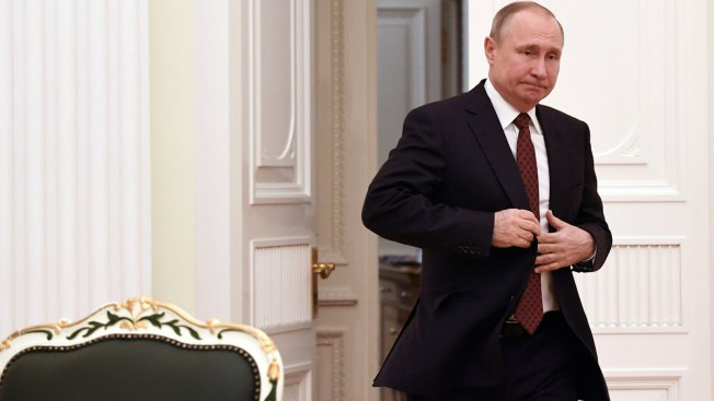 Putin's Dilemma: Scrap Term Limits or Choose a Successor