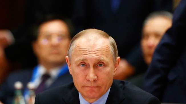 Putin Calls Russia List 'Hostile' as Dems Decry No Sanctions