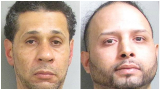 2 Arrested for Shoplifting Spree After Wild Mall Chase, Tasering