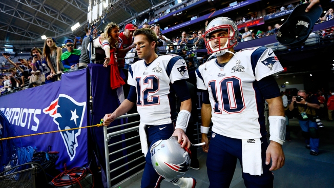 Patriots Reportedly Not Expected to Trade Garoppolo