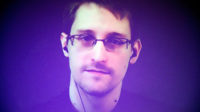 Justice Department Sues Edward Snowden Over New Book
