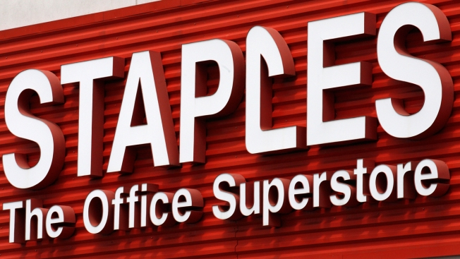 Report: Staples Lays Off Hundreds of Employees