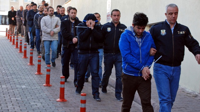 Turkey detains over 100 suspects' involved in failed coup