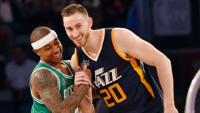 Gordon Hayward Officially Signs With Boston Celtics