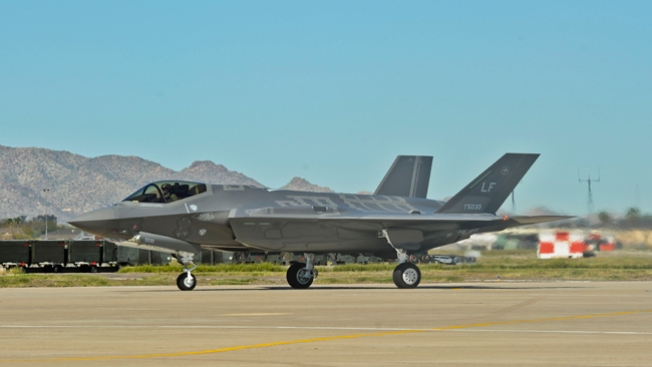 Four F-35 Jets Make Unexpected Landing at Burlington Airport