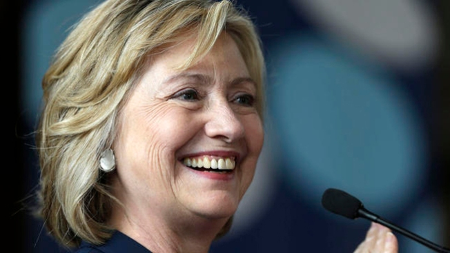 Hillary Clinton to Raise Money for Shaheen