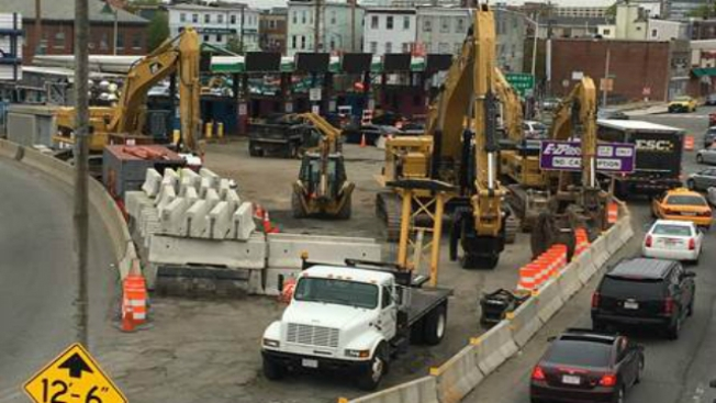 Expect Delays This Weekend as Sumner Tunnel Toll Demolition in East Boston Begins