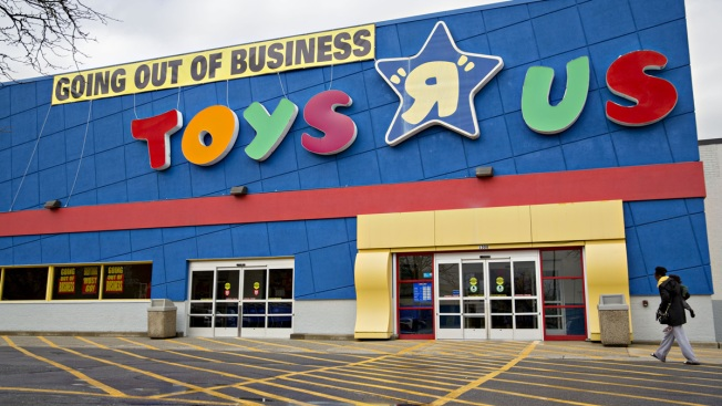 Toys R Us to Reportedly Open New Stores Later This Year