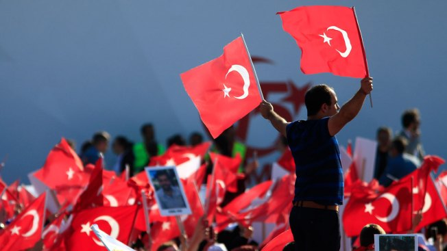 Turks Commemorate 1 Year Since Coup Try With Massive March