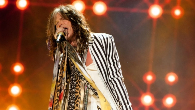 Aerosmith's Steven Tyler experiencing medical problem, band cancels shows