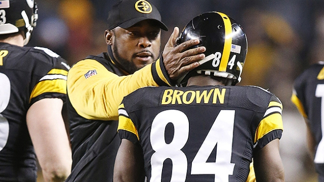 Tomlin: Brown 'Foolish' to Livestream Postgame Locker Room