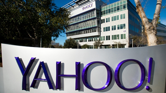 Yahoo, Under Fire from Investors, Takes Steps for Possible Sale