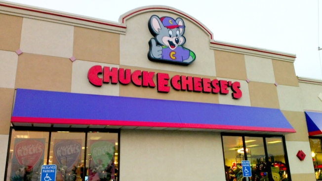 5 Arrested Following Chuck E. Cheese's Brawl in Everett, Massachusetts