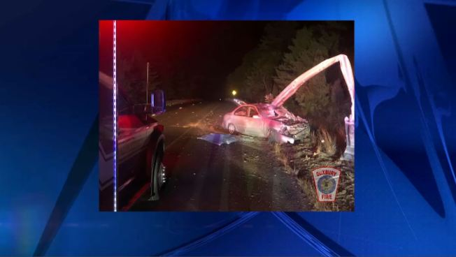 Driver Injured in Single-Car Duxbury Crash