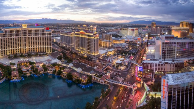 Las Vegas Police: 2 Security Guards Killed at Hotel-Casino
