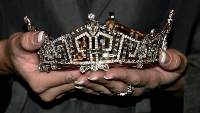 Pageant Miscount Leads to Shared Title, Contestant Upset