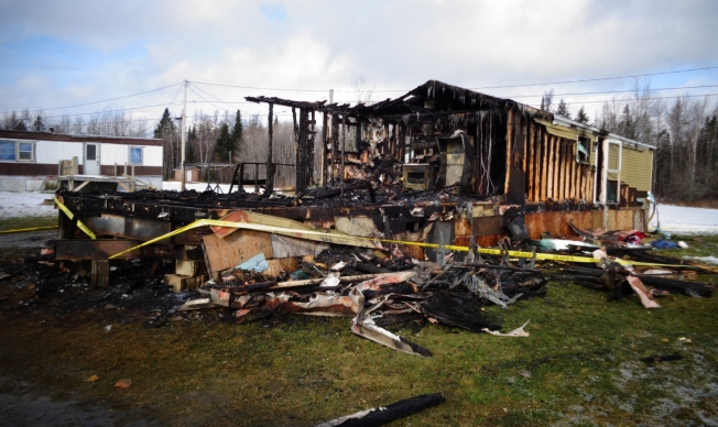 Mother, 3 Young Kids Killed in Maine Mobile Home Fire