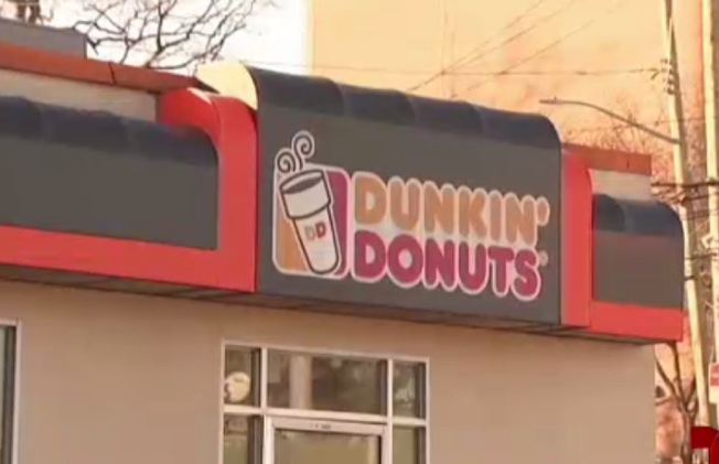 Woman Assaulted WIth Umbrella in Dunkin' Donuts Drive-Thru