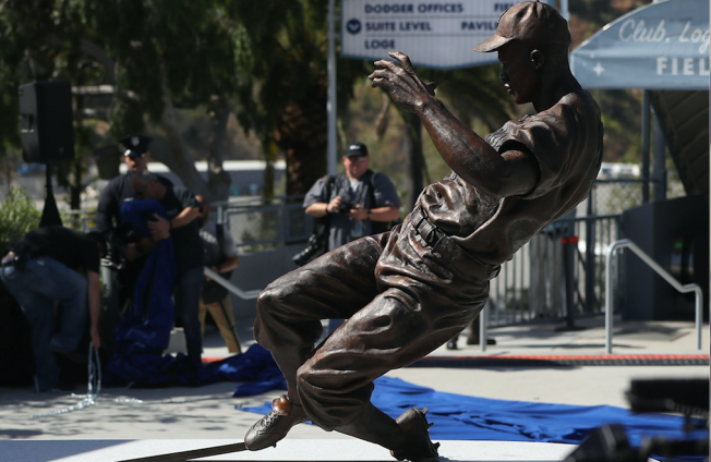 Dodgers Unveil 'Powerful and Inspirational' Jackie Robinson Statue