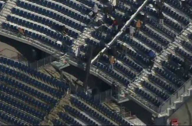 Crews Cleaning Out Gillette for Big Game