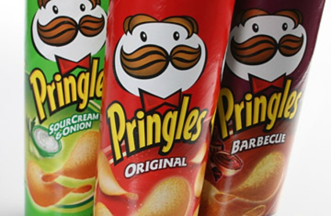 2 Arrested After Crack Cocaine Found Hidden in Pringles Can