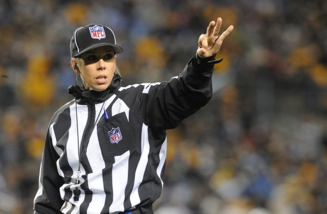 Sarah Thomas Will Be First Woman to Officiate NFL Playoff Game in Patriots-Chargers