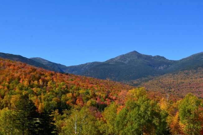 Hikers to Bring Flags to 48 Summits in NH for 9/11 Tribute