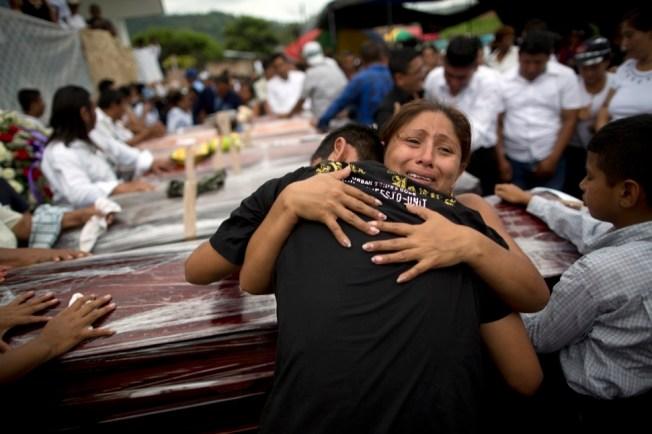 [NATL] Deadly Earthquake Strikes Ecuador