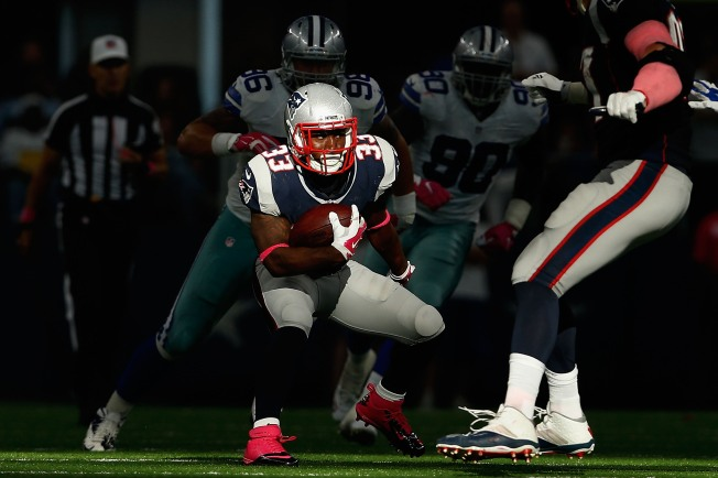 Dion Lewis To Start Practicing With Patriots This Week