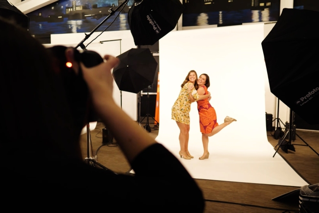 Photo Shoot for a Cure Raises $54K