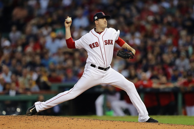 Red Sox Pitcher Carson Smith Dislocates Shoulder During Tantrum