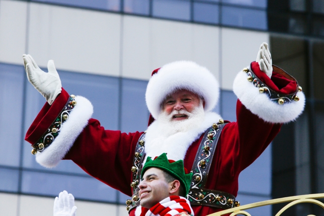 NJ School District Apologizes to Parents After Substitute Teacher Tells First-Graders Santa Isn't Real