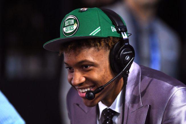 Celtics Pick Romeo Langford at No. 14, Reportedly Trade Aron Baynes