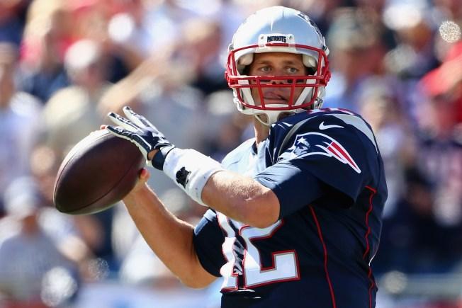 Tom Brady's 400th Touchdown Helps Patriots Blaze Past Jaguars