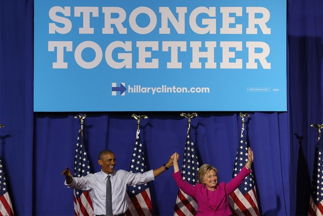 Obama, Clinton Tell Democrats Not to Despair