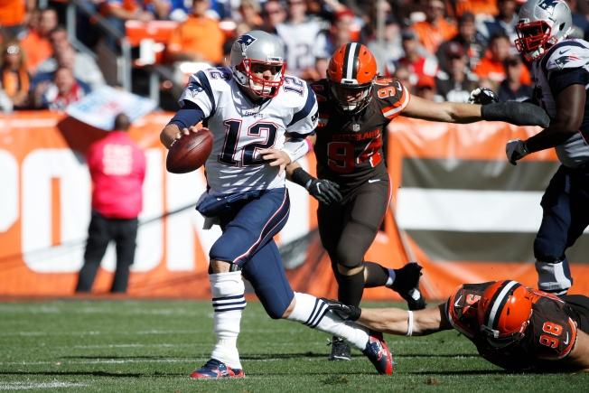Tom Brady, New England Patriots Look Ahead to Sunday's Game Against Cincinnati