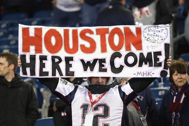 How Much Will It Cost Patriots Fans to Get to the Super Bowl?