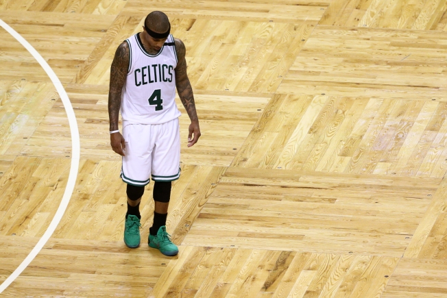 Horford, Thomas lead Celtics over Bulls 104-87 in Game 3