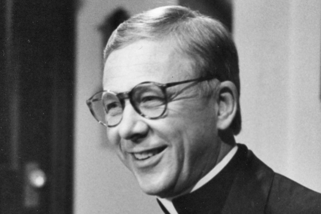 William Christopher, Chaplain on 'M*A*S*H,' Dies
