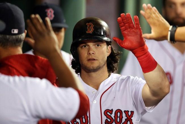 Red Sox Best Blue Jays 3-2 in Marathon Game